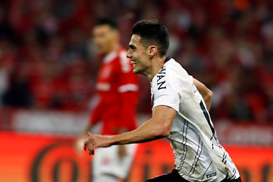 Athletico vence o Inter no Beira-Rio e fatura a Copa do Brasil