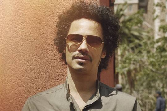 Dono de sucessos como 'Save Tonight', sueco Eagle-Eye Cherry promete festa em teatro